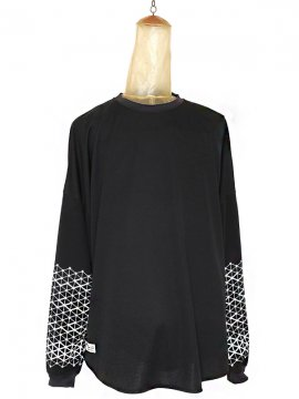 <strong>SIVA</strong>GEOMETRIC PATTERN L-SLEEVE<br>BLACK