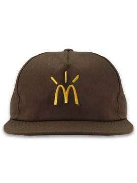 <strong>TRAVIS SCOTT x McDonald's</strong>CACTUS ARCHES CAP<br>BROWN