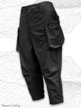 <strong>SIMPLE DESIGN</strong>NATURE CUTTING CARGO PANTS<br>BLACK