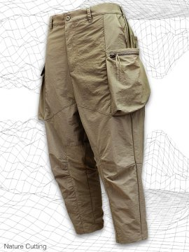 <strong>SIMPLE DESIGN</strong>NATURE CUTTING CARGO PANTS<br>KHAKI BEIGE