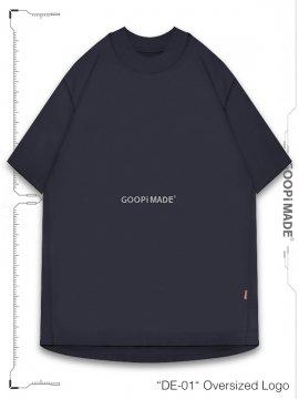 """<strong>GOOPiMADE</strong>""""DE-01"""" Oversized Logo Tee<br>NAVY"""