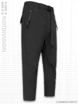 <strong>RIOTDIVISION</strong>COMMON PANTS<br>BLACK