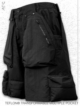 <strong>ARCHIVAL REINVENT</strong>TEFLON® TRANSFORMABLE MULTIPLE POCKET SHORTS<br>BLACK