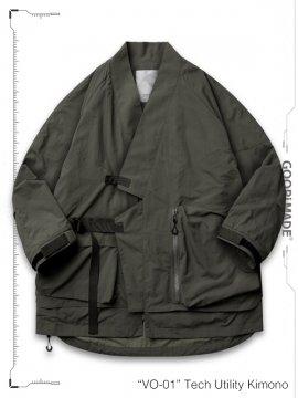 """<strong>GOOPiMADE</strong>""""VO-01"""" Tech Utility Kimono Jacket<br>BUSCHGRÜN"""