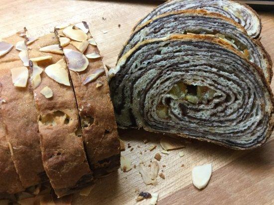 パンと紅茶 ワンデークラス8/2 チョコマーブルパン