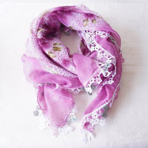 花レースが可愛い、ふんわり軽やかオヤスカーフ(パープル)