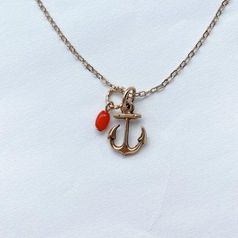 天然石チャームネックレス <br>赤サンゴ・アンカー