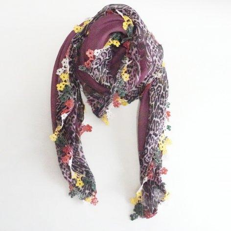 手編み花レースが可愛い<br>ふんわり軽やかオヤスカーフ<br>(ワインレッド)