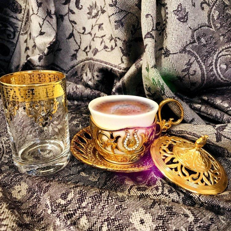 デミタスカップ&ソーサー<br>Tulip Gold