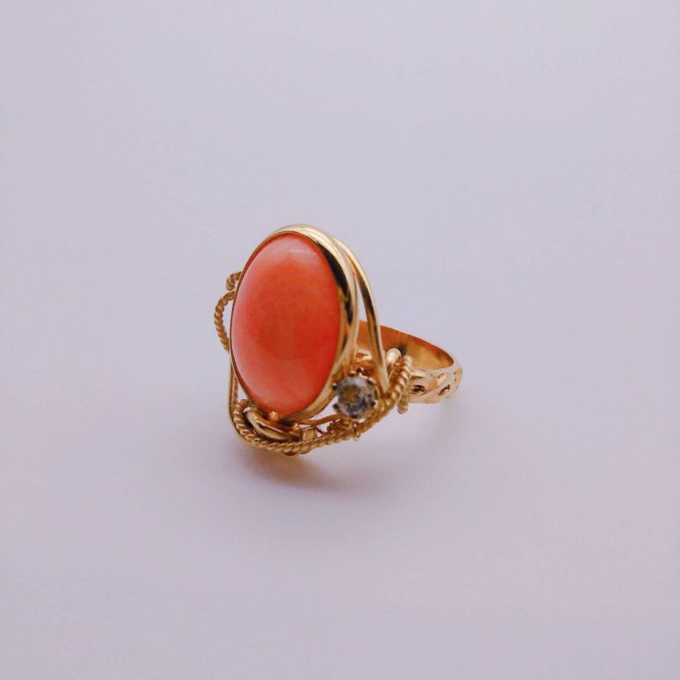 <img class='new_mark_img1' src='https://img.shop-pro.jp/img/new/icons1.gif' style='border:none;display:inline;margin:0px;padding:0px;width:auto;' />リング<br>Coral Stone