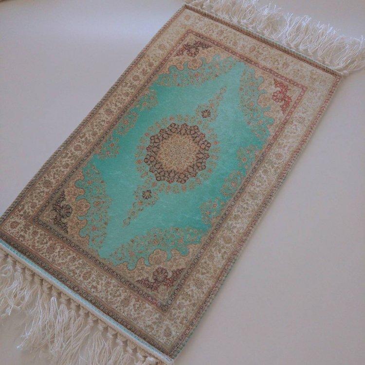 カーペット<br>Turquoise Blue(約25cm×約40cm)