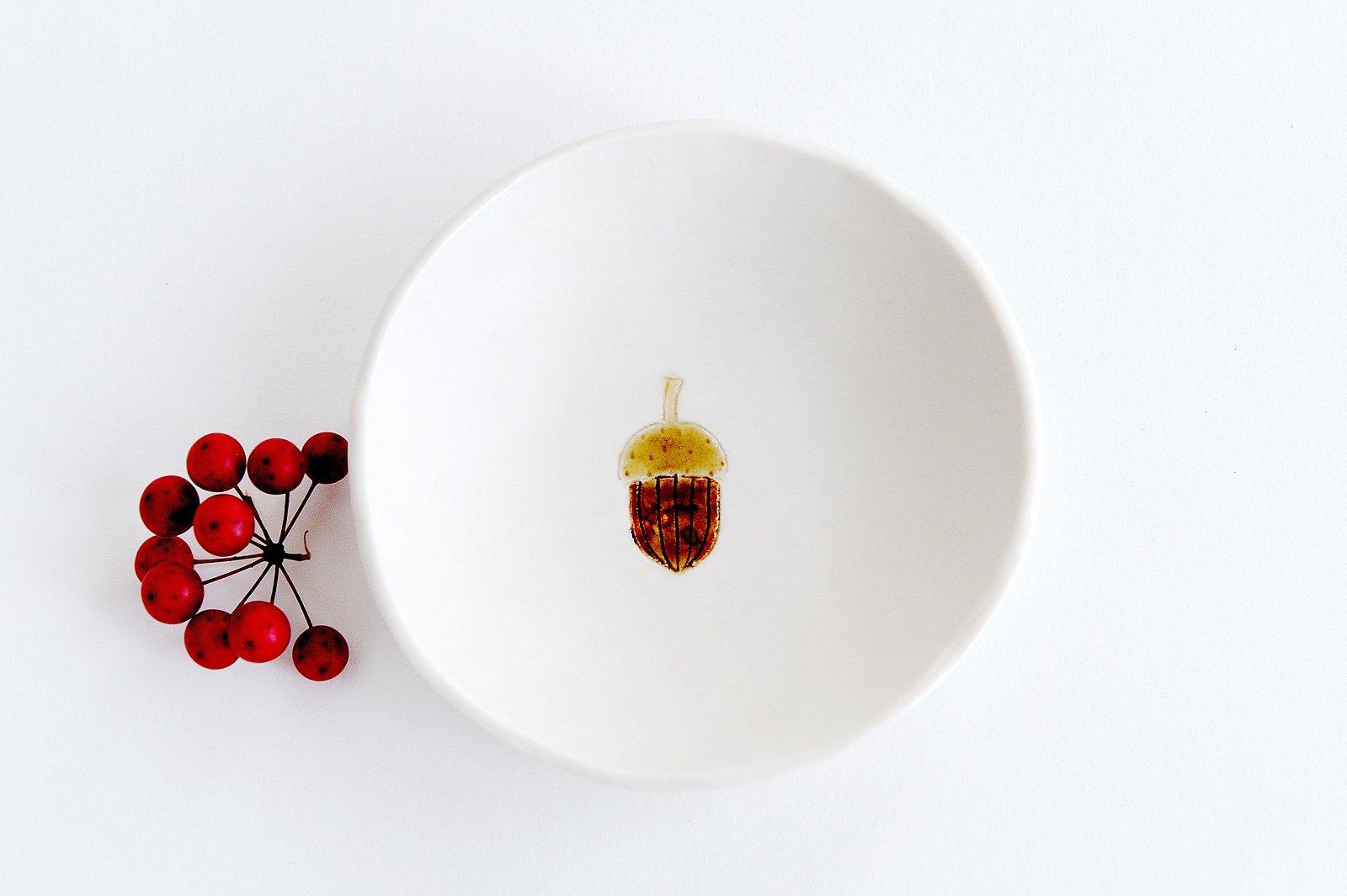 小皿 - ドングリ