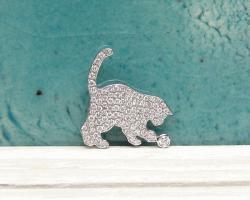 猫パヴェシルエット<br>ブローチ&ペンダントトップ<br>(K18WG/ダイヤ)