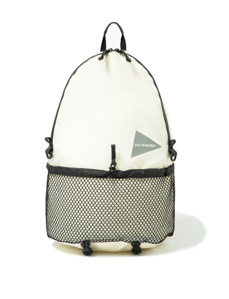 and wander - 20L daypack (WHITE)