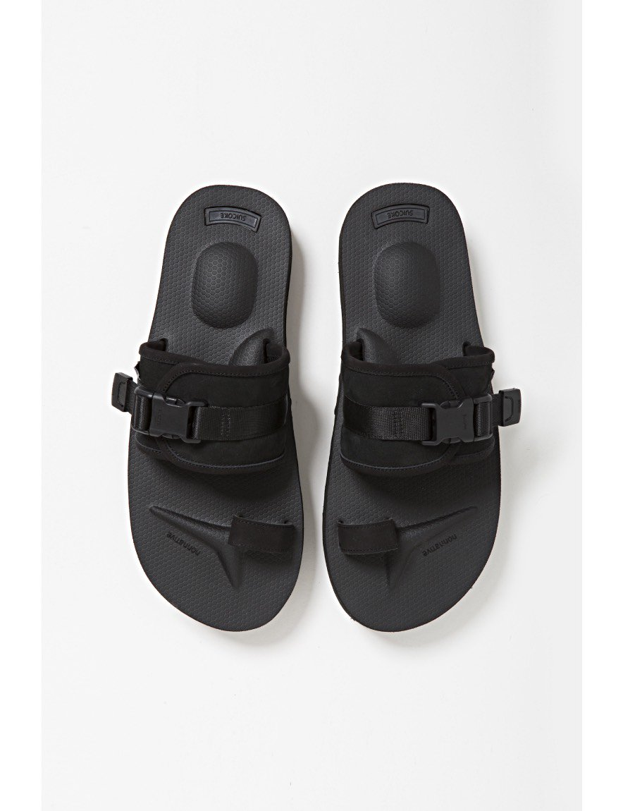 <img class='new_mark_img1' src='https://img.shop-pro.jp/img/new/icons50.gif' style='border:none;display:inline;margin:0px;padding:0px;width:auto;' />nonnative - HUNTER SANDAL by SUICOKE (BLACK)