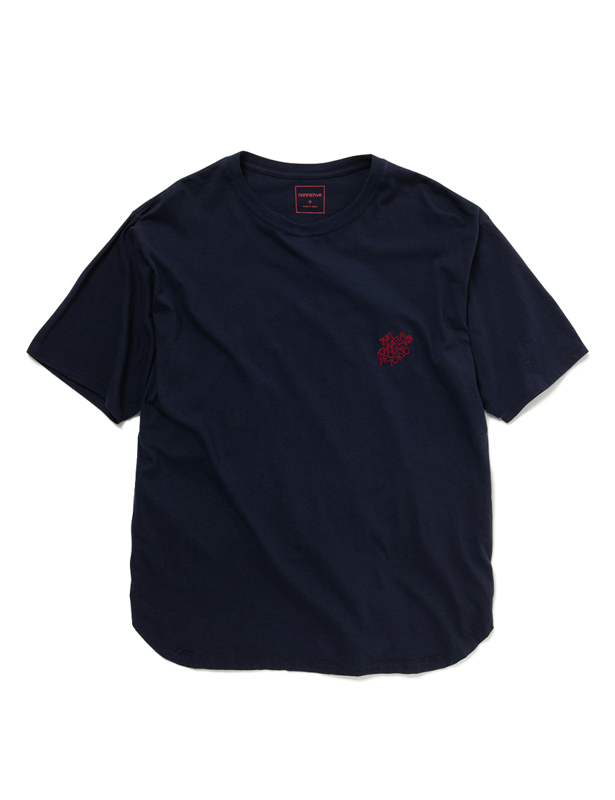<img class='new_mark_img1' src='https://img.shop-pro.jp/img/new/icons1.gif' style='border:none;display:inline;margin:0px;padding:0px;width:auto;' />nonnative - LABEL TEE (NAVY)