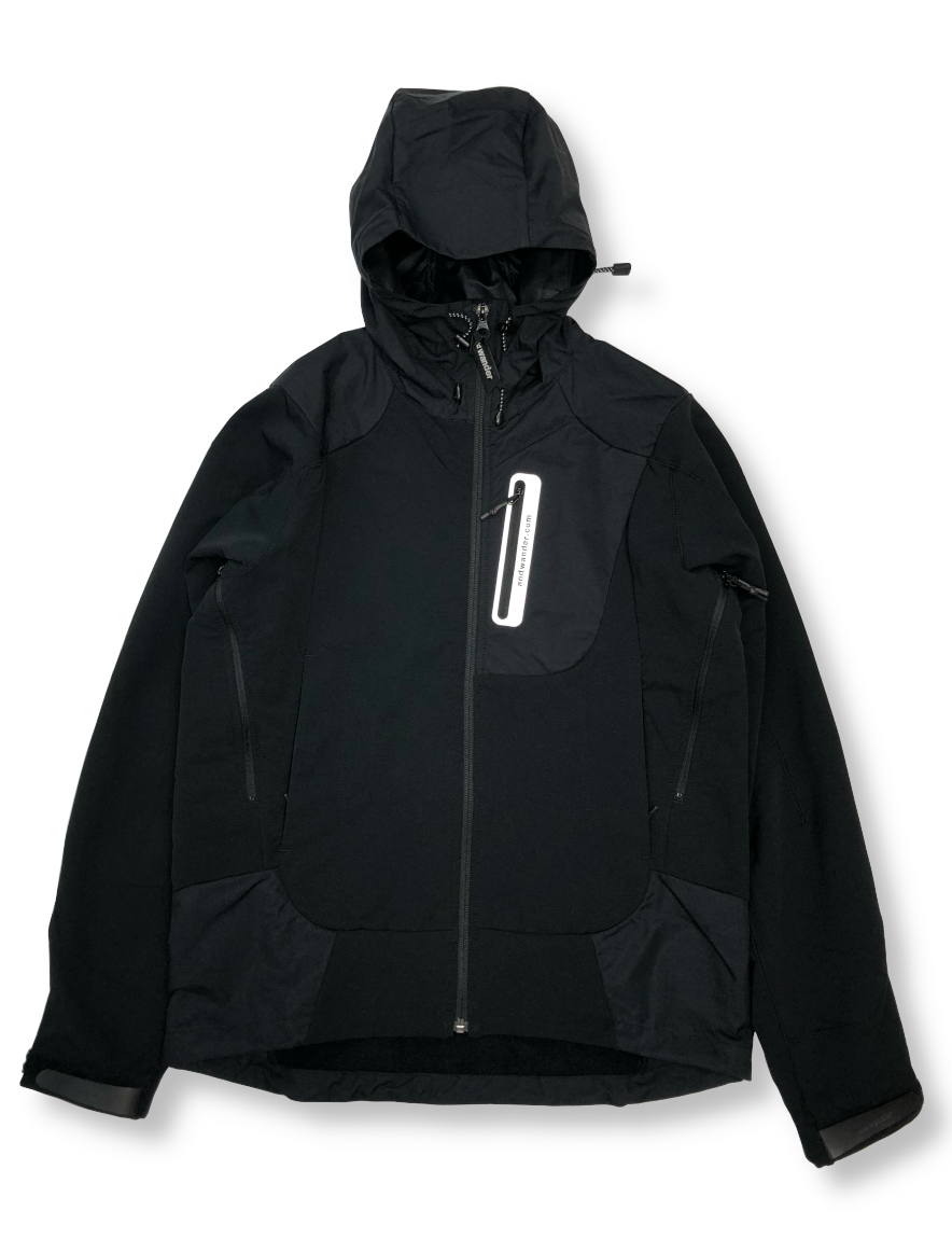 <img class='new_mark_img1' src='https://img.shop-pro.jp/img/new/icons1.gif' style='border:none;display:inline;margin:0px;padding:0px;width:auto;' />and wander - stretch shell jacket (BLACK)