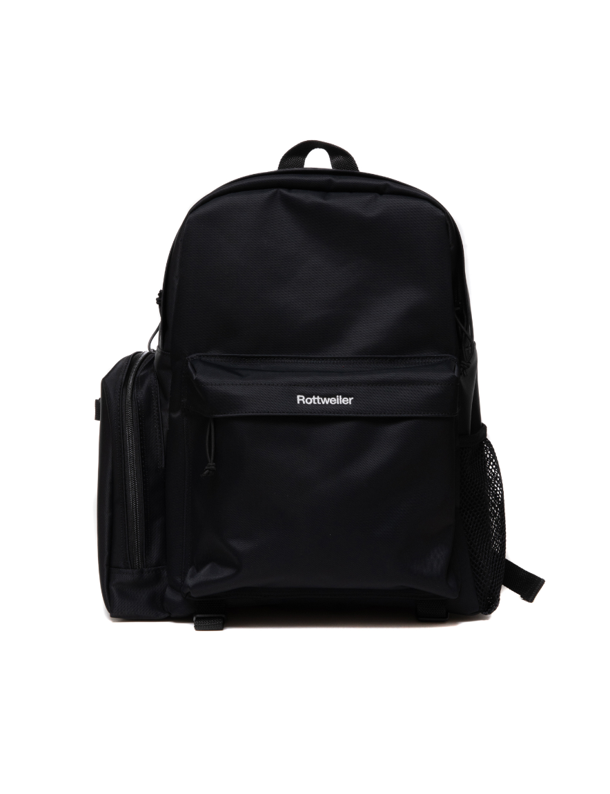 <img class='new_mark_img1' src='https://img.shop-pro.jp/img/new/icons50.gif' style='border:none;display:inline;margin:0px;padding:0px;width:auto;' />ROTTWEILER - R.W DAY BAG (BLACK)